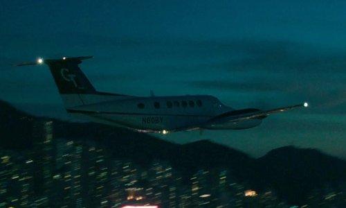 Chris Hemsworth with Gulfstream Aerospace G450 Business Jet in Blackhat