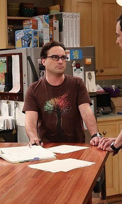 Johnny Galecki with Babbletees Rainbow Tree T-Shirt in The Big Bang Theory