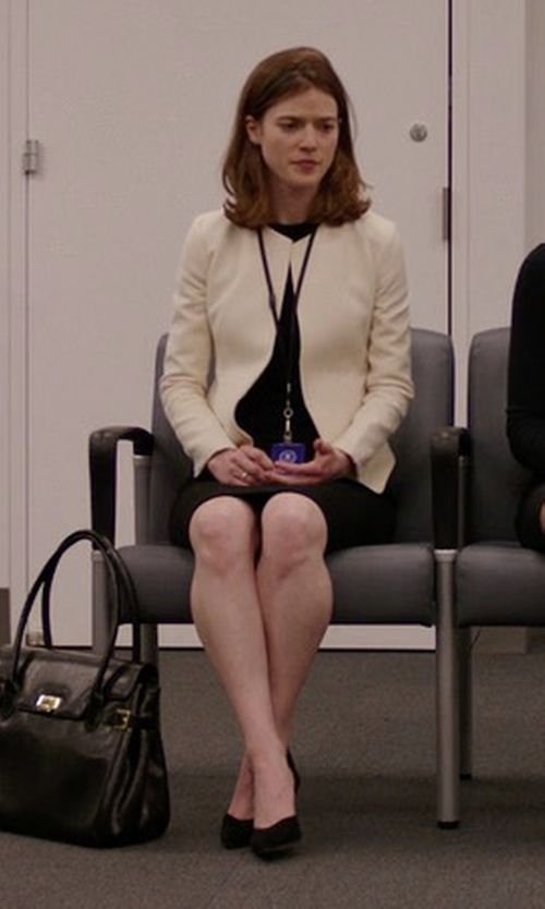 Rose Leslie with Manolo Blahnik BB Suede Pumps in The Good Fight