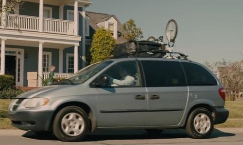 Unknown Actor with Dodge 2005 Grand Caravan Minivan in Paper Towns