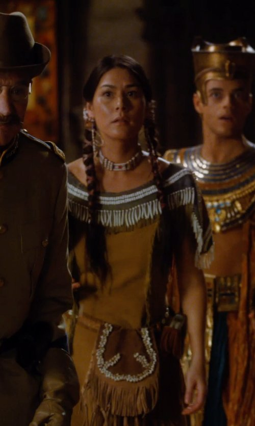 Mizuo Peck with Marlene Stewart (Costume Designer) Custom Made Native American Indian Woman Costume (Sacagawea) in Night at the Museum: Secret of the Tomb