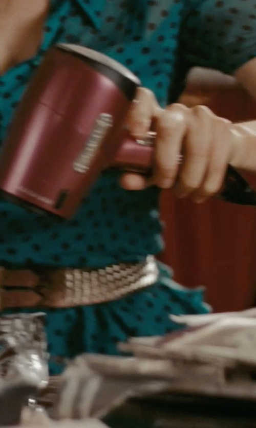 Isla Fisher with Elchim Hair Dryer in Confessions of a Shopaholic
