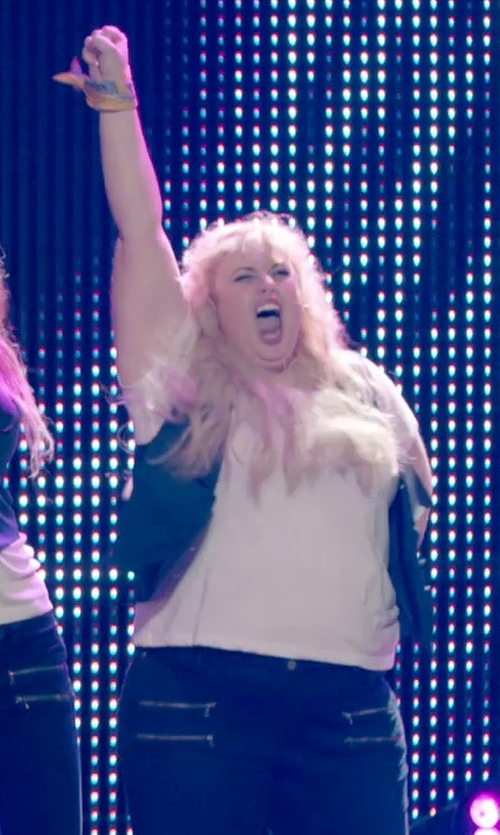 Rebel Wilson with Antonio Melani Vesra Suiting Vest in Pitch Perfect 2