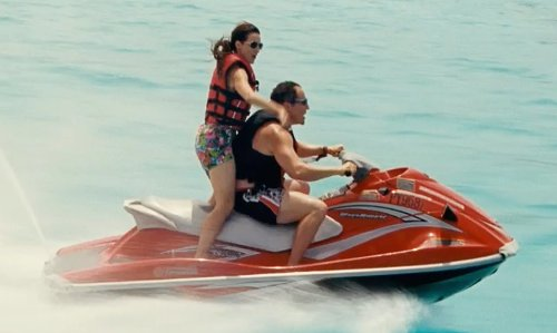 Jon Favreau with Yamaha Waverunner V1 Sport Jet Ski in Couple's Retreat
