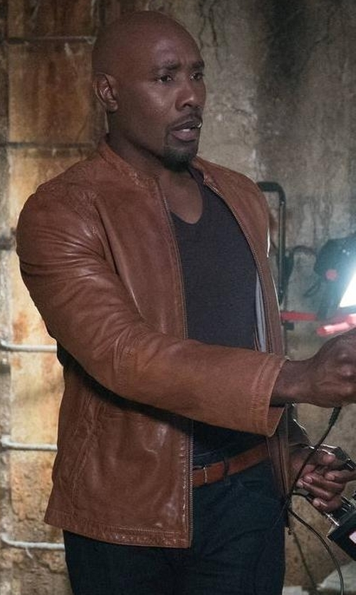 Morris Chestnut with Saks Fifth Avenue Collection Leather Belt in Rosewood
