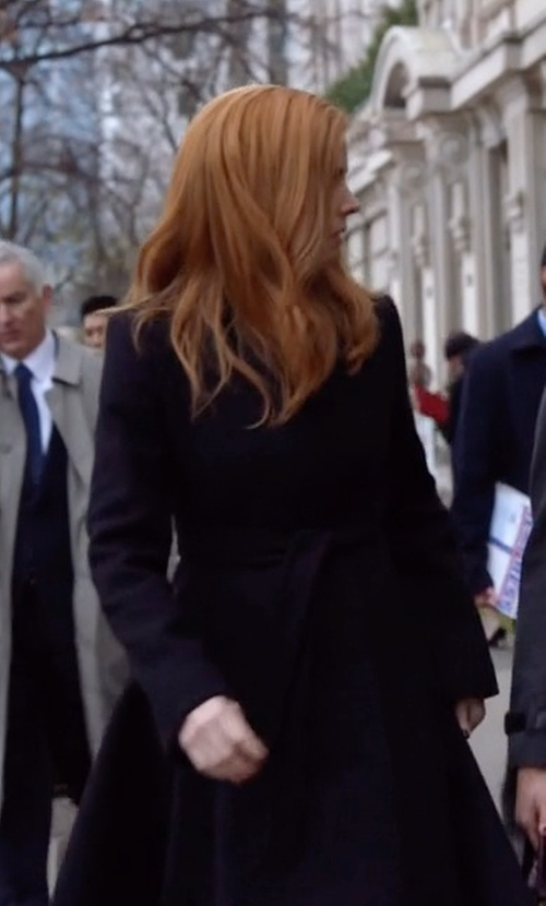 Sarah Rafferty with Stella Mccartney Flore Coat in Suits