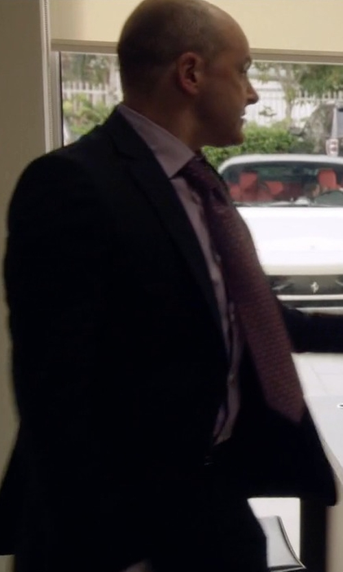 Rob Corddry with Hugo Boss Grand Central Solid Two-Piece Suit in Ballers