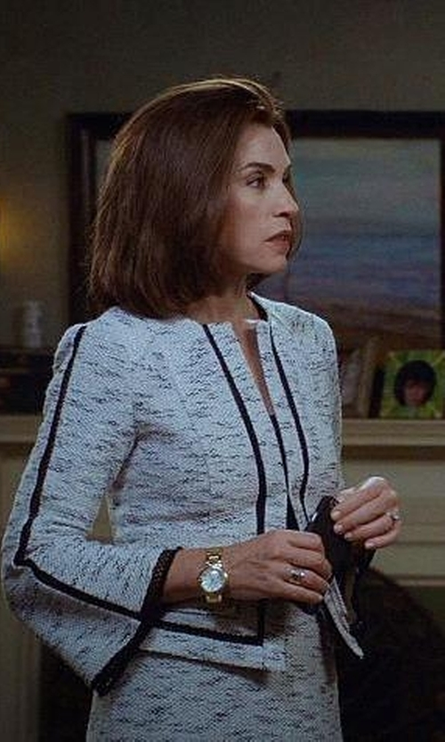 Julianna Margulies with Lafayette 148 New York Lynn Textured Blazer in The Good Wife
