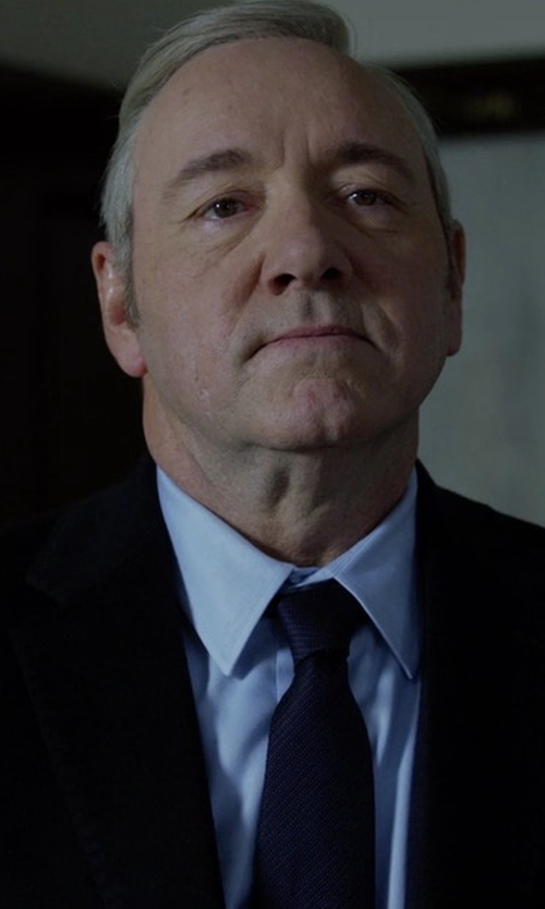 Kevin Spacey with Brioni Solid Chevron Silk Tie in House of Cards