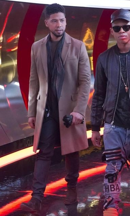 Jussie Smollett with H By Hudson Watts Suede Chelsea Boots in Empire