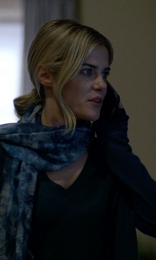 Rachael Taylor with Loft Drapey Ponte Tunic Top in Jessica Jones