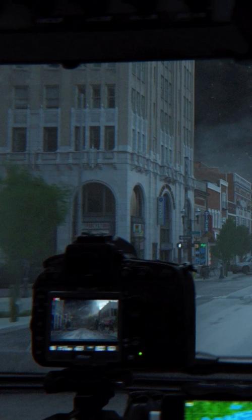 Nikon Digital SLR Camera in Into the Storm