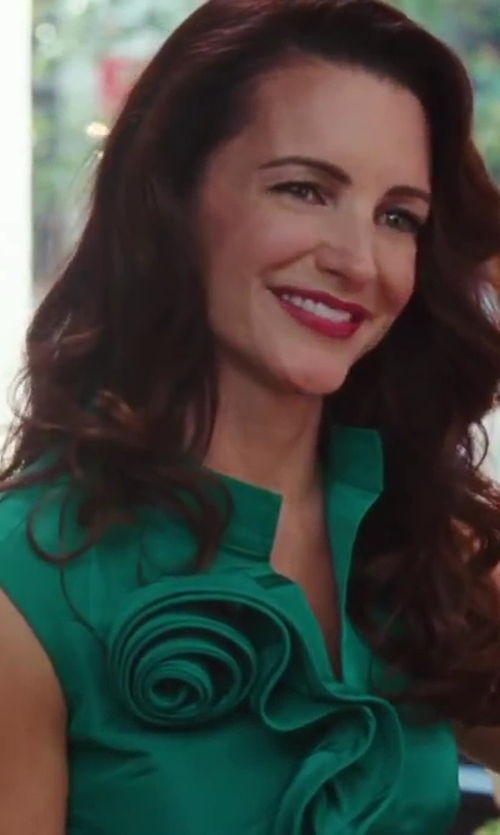 Kristin Davis with Oscar De La Renta Ruffled Rose Dress in Sex and the City 2