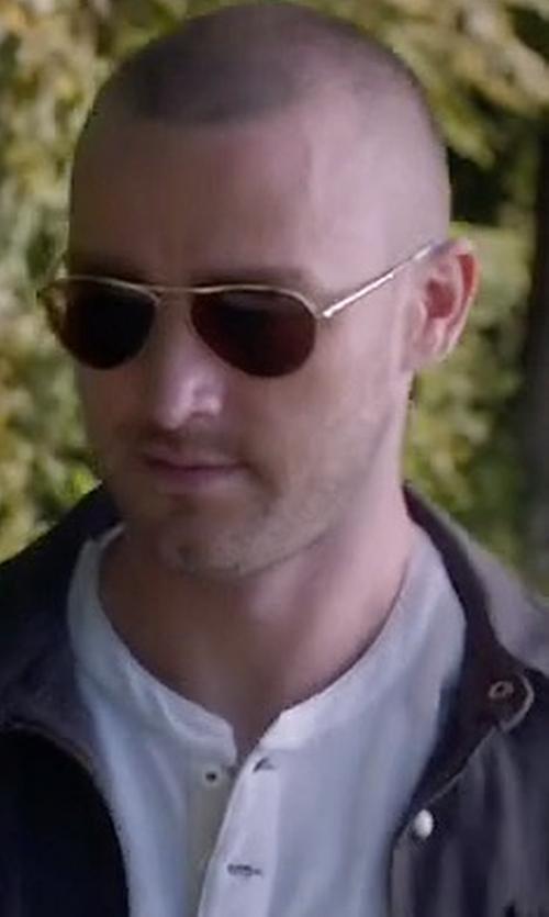 Jake McLaughlin with Ray-Ban Original Aviator Sunglasses in Quantico