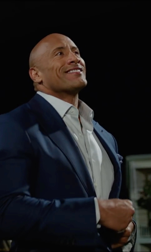 Dwayne Johnson with Perry Ellis Two Button Peak Lapel Suit in Central Intelligence