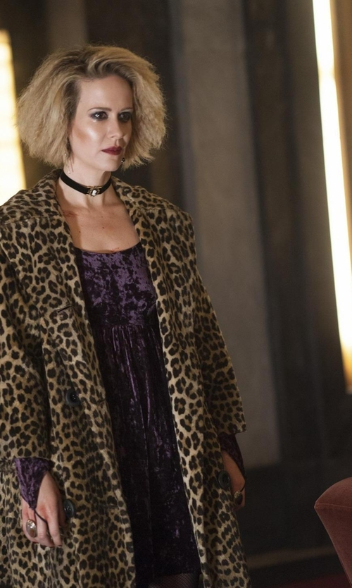 Sarah Paulson with Wendy Nichol Textured-Leather Choker Necklace in American Horror Story