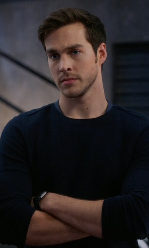 Chris Wood with Theory Donners Cashmere Crewneck Sweater in Supergirl