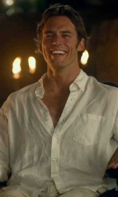 Sam Claflin with J.Crew Irish Linen Shirt in Me Before You