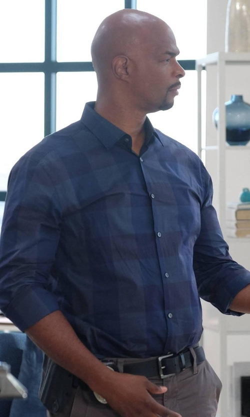 Damon Wayans with Rag & Bone Plaid Shirt in Lethal Weapon