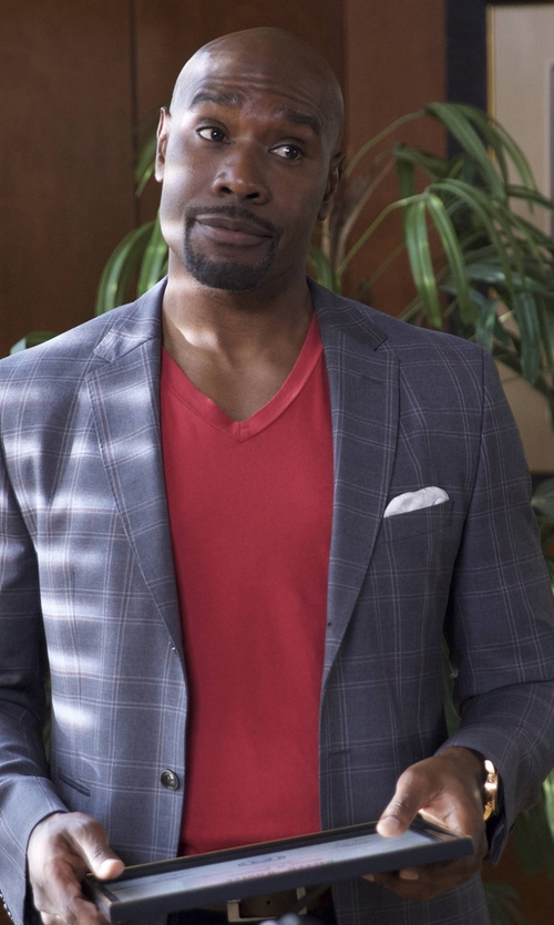Morris Chestnut with Orlebar Brown V-Neck T-Shirt in Rosewood