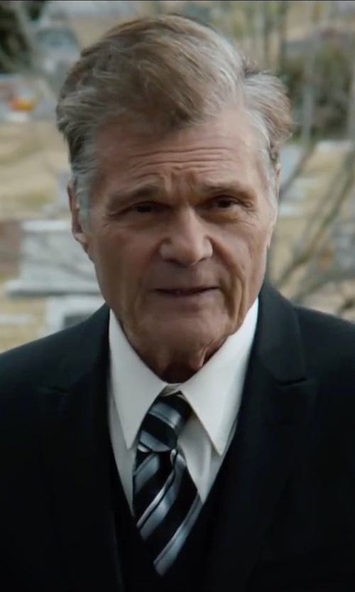 Fred Willard with Yves Saint Laurent Woven Button-Down Dress Shirt in Anchorman 2: The Legend Continues