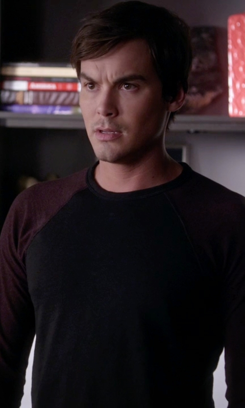 Tyler Blackburn with Rag & Bone Colorblock Raglan Shirt in Pretty Little Liars