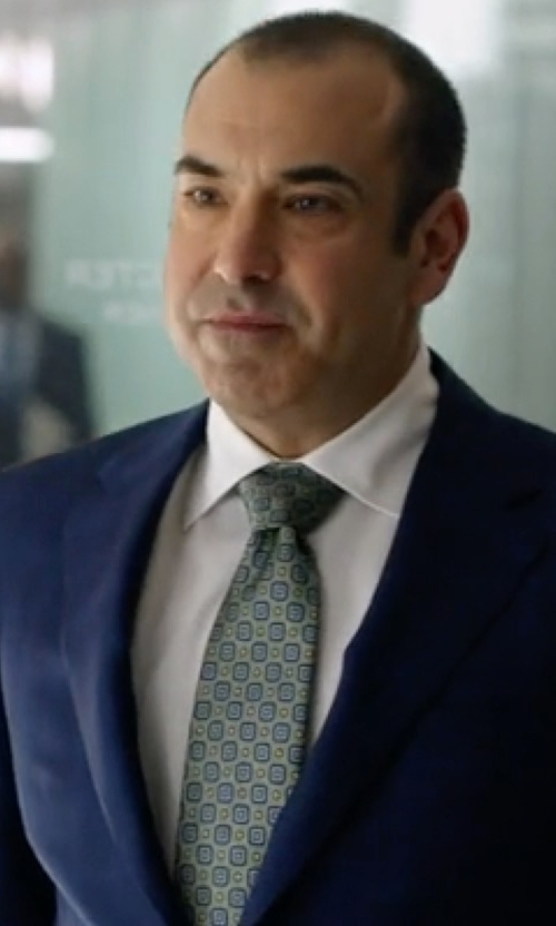 Rick Hoffman with Ike Behar Solid French Cuff Shirt in Suits
