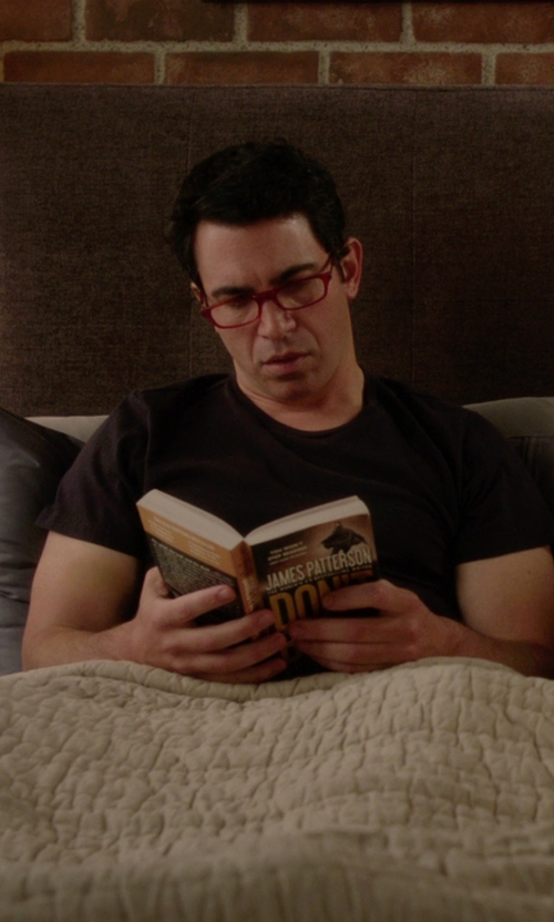 Chris Messina with CliC Original Front Magnetic Connect Reading Glasses in The Mindy Project