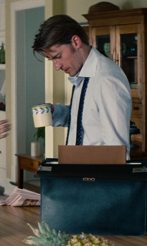 Nikolaj Coster-Waldau with Thomas for Rosenthal Sunny Day Mug in The Other Woman