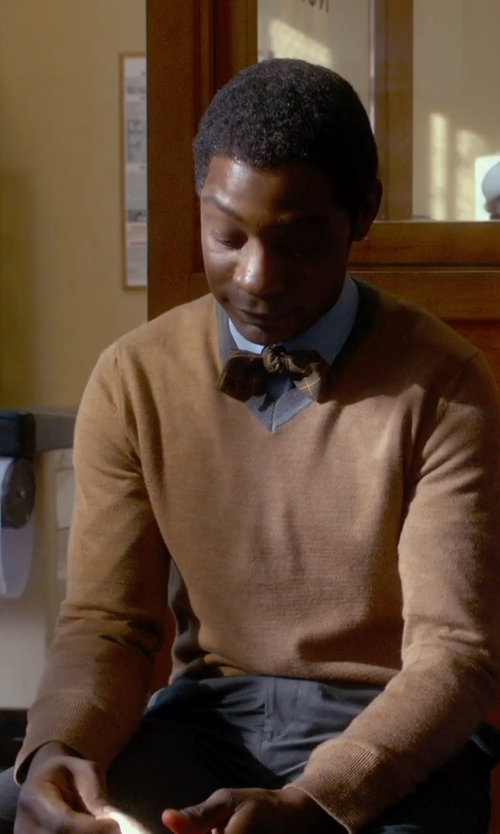 Nelsan Ellis with Vince Cashmere V Neck Sweater in Get On Up