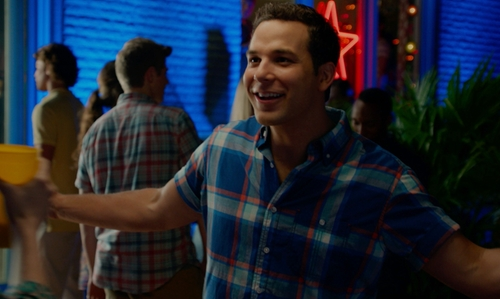 Skylar Astin with Club Room Plaid Collared Shirt in Pitch Perfect 2