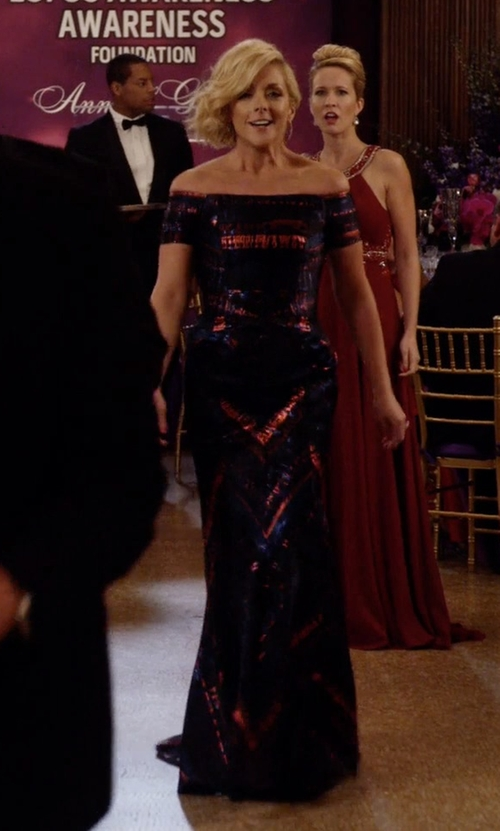 Jane Krakowski with J. Mendel Off-the-Shoulder Lurex Jacquard Gown in Unbreakable Kimmy Schmidt
