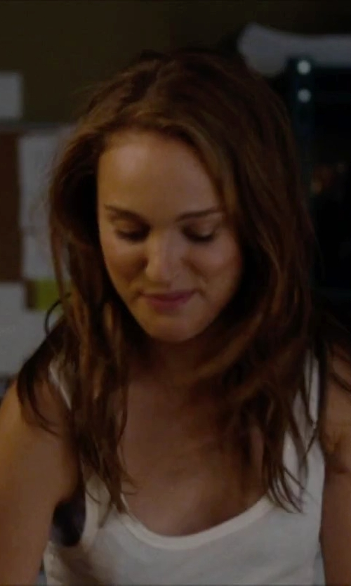 Natalie Portman with Majestic Filatures Basic Tank Top in No Strings Attached