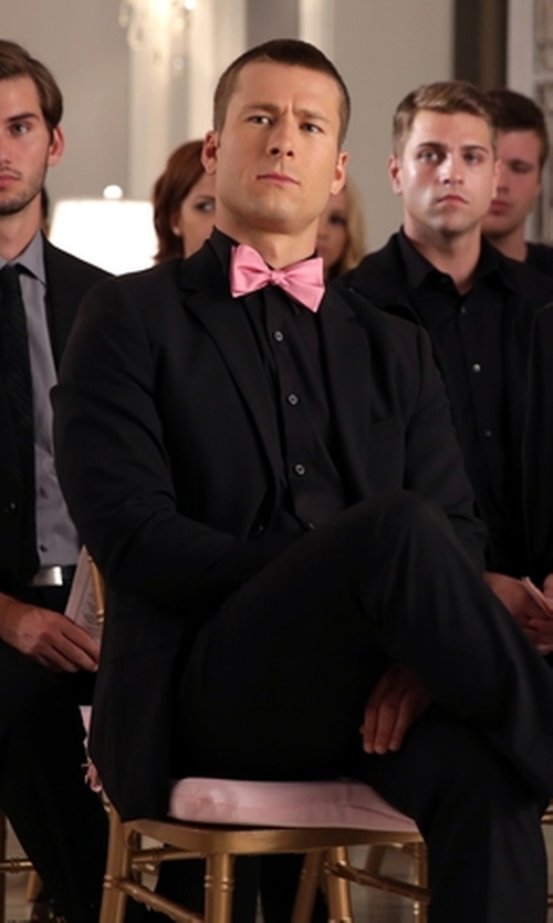 Glen Powell with The Tie Bar Solid Satin Tie in Scream Queens