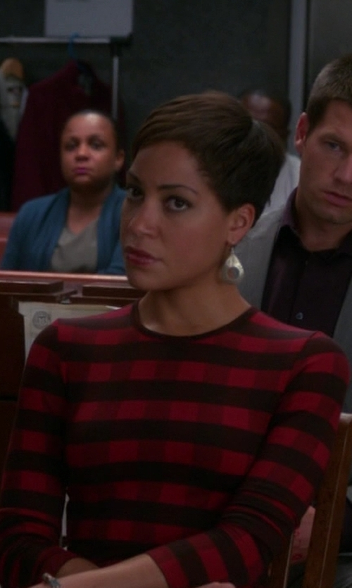 Cush Jumbo with Judith Jack Orbit Teardrop Earrings in The Good Wife