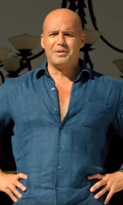 Billy Zane with Rag & Bone Standard Issue Chambray Button-Down Shirt in Mad Dogs