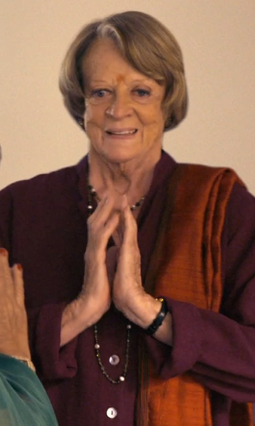 Maggie Smith with Bling Jewelry Faceted Simulated Onyx Beads Necklace in The Second Best Exotic Marigold Hotel