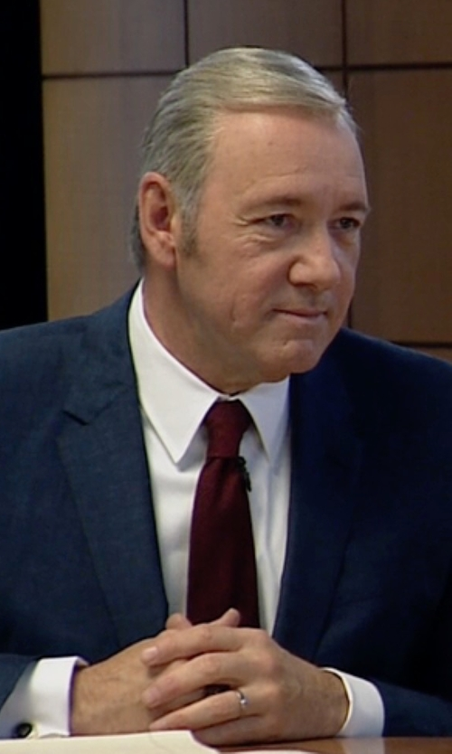 Kevin Spacey with Paul Smith Silk Tie in House of Cards