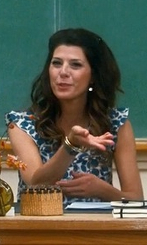 Marisa Tomei with Robert Lee Morris Soho Two-Tone Hammered and Wire-Wrapped Bracelet in Crazy, Stupid, Love.