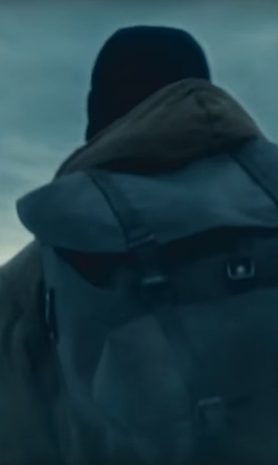 Henry Cavill with Swiss Army  1983 Military Waterproof Leather Rucksack Backpack in Batman v Superman: Dawn of Justice
