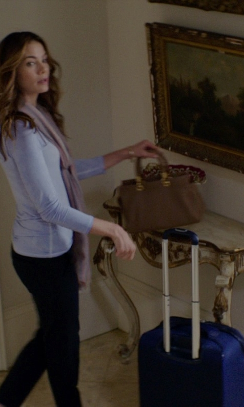 Michelle Monaghan with Travelpro Maxlite Expandable Rollaboard Bag in The Best of Me