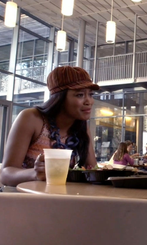 Keke Palmer with Happyliya Slouchy Cabled Knit Newsboy Cap in Scream Queens