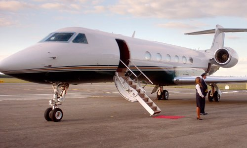Chris Rock with Gulfstream G450 Jet Plane in Top Five