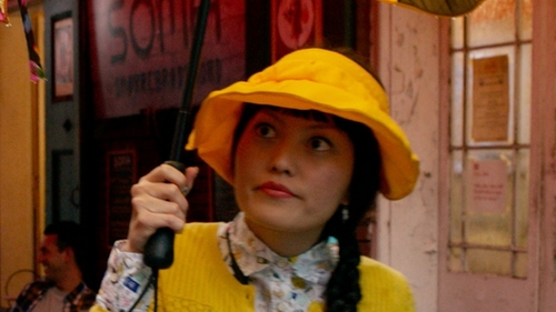 Hana Mae Lee with e4Hats Solid Large Peak Hats-Yellow in Pitch Perfect 2
