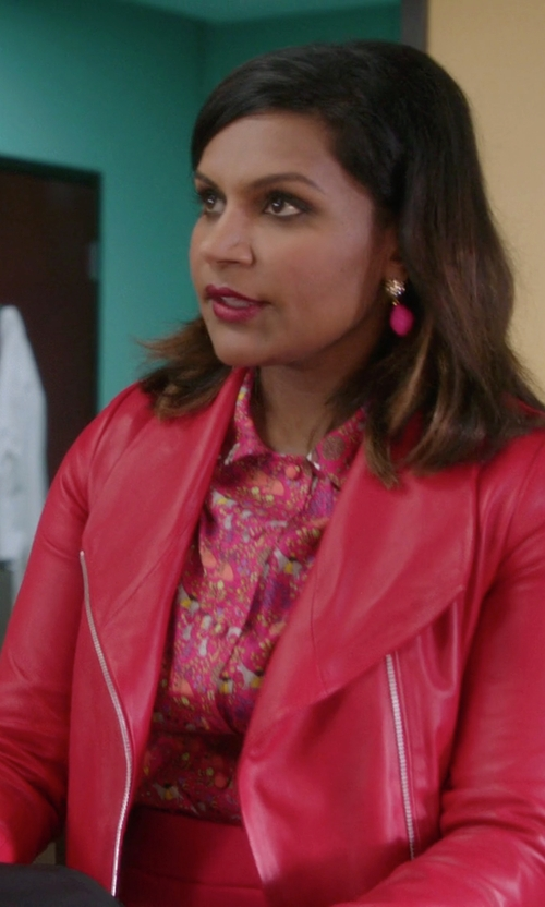 Mindy Kaling with Vince Leather Scuba Jacket in The Mindy Project