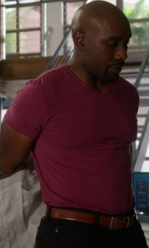 Morris Chestnut with Lacoste Pima Cotton Jersey V-Neck T-Shirt in Rosewood
