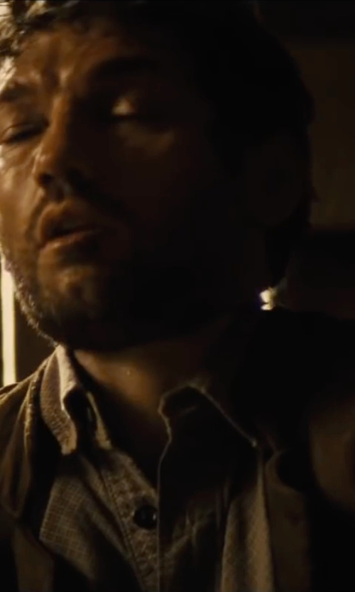 Joel Edgerton with Nordstrom Check Dress Shirt in Jane Got A Gun
