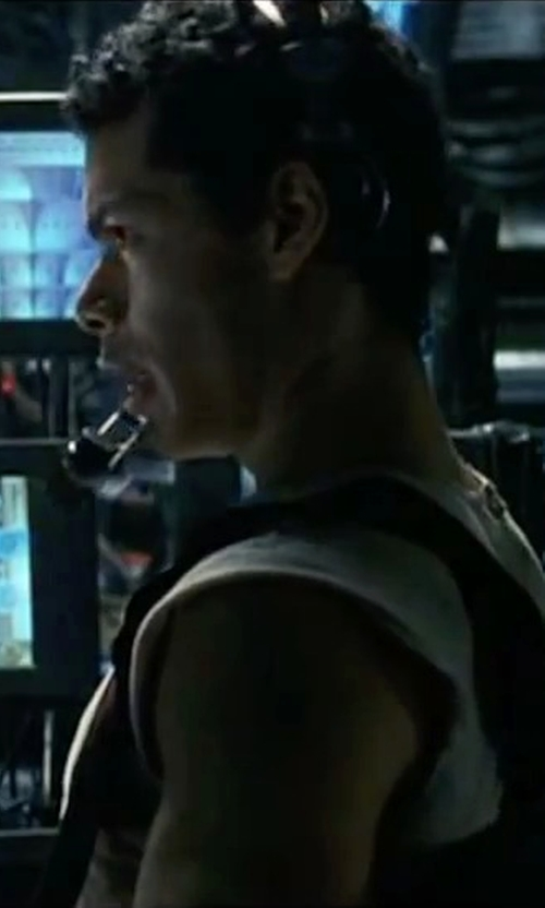 Marcus Chong with Berne Men's Sleeveless Pocket Tee Shirt in The Matrix