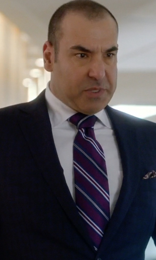 Rick Hoffman with Brioni Broadcloth Dress Shirt in Suits
