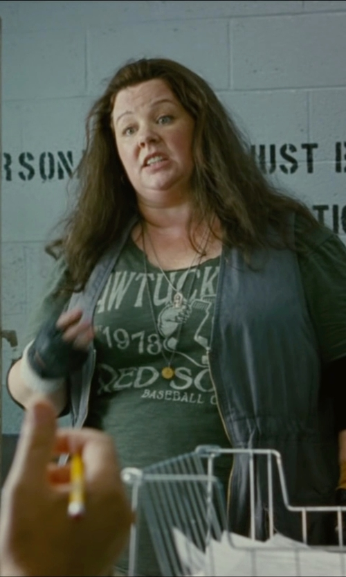 Melissa McCarthy with Elizabeth And James Vega Pendant Necklace in The Heat